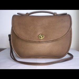 Vintage authentic tan putty coach court plaza bag